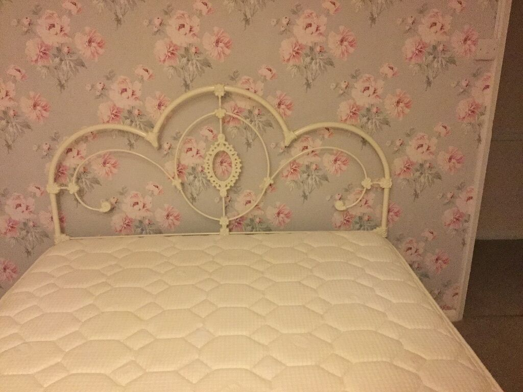 Somerset Bedroom Furniture Laura Ashley King Size Somerset Bed And Mattress In Aylesbury