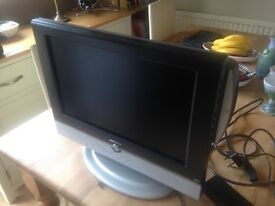 "17""colour tv with built in cd player"