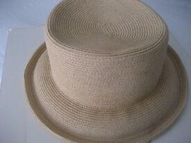 Summer Hat - Designer Simon Schutz - Elegant, Comfortable and Chic