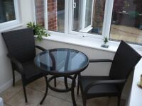 Bistro Ratten table and chairs