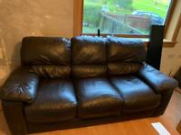 2x brown leather couch