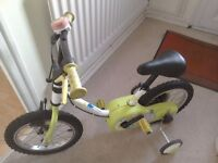 Child's Bicycle with removable stabilisers