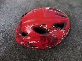 Met Red Diavolo Children's helmet size 52-57cm