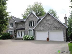 649 000$ - Maison 2 étages à vendre à Lorraine