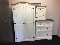 New cream+white robe chest locker free delivery