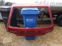 Saxo rear boot in red