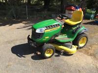 John Deere X165 Ride on lawn mower. 180hours