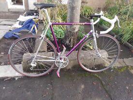 Road bike vitus 979