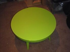 Neon green coffee table (designer Sia)