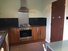 2 bed upper flat in the popular St Peter's Basin