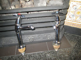 Pair of chrome sink taps brand new