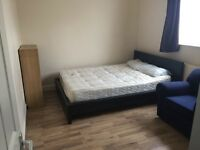 Standar double room available to rent !!!! £150 p/w