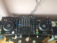 Pioneer CDJ 1000's and Pioneer DJM 800