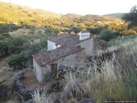 Three Rural Stone Cottages with 1.060 Acres of Land, in the Natural Park Sao Mamede, Portalegre, PT
