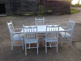 Stylish hand painted 'shabby chic' extendable dining table and chairs