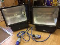 2 x 240 v work lights