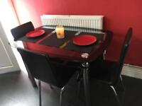 Table /3 chairs