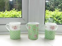 Set of 3 pretty mugs