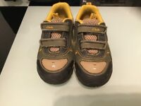 Clarks Infant Shoes Size 6.5G