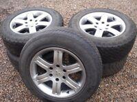 Mitsubishi L200 Sett of 5 Aluminium Wheels & Tyres