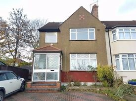 3 Bedroom Split Level Flat - Greenford/Whitton Avenue East - Available Now