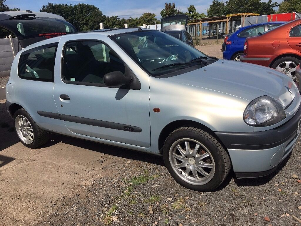 renault clio 1 2 grande rn in kirkby in ashfield nottinghamshire gumtree. Black Bedroom Furniture Sets. Home Design Ideas