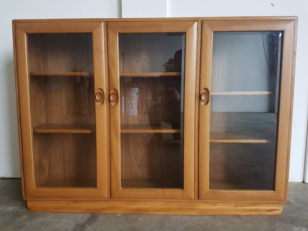 ERCOL WINDSOR 3 DOOR GLASS DISPLAY CABINET / ELM BOOKCASE / SIDEBOARD DELIVERY AVAILABLE