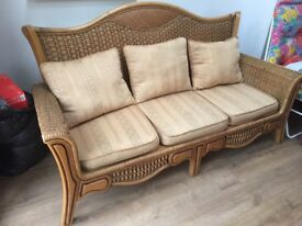 Wicker conservatory 3 piece 3 seater sofa plus 2 x 1 seater chairs in good condition