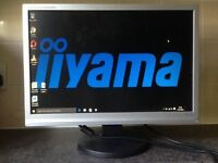 19 inch Iiyama Prolite E1908W Widescreen LCD TFT VGA Speakers computer Screen Monitor WITH speakers