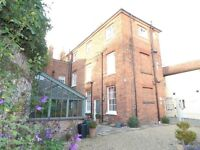 PRIVATE LANDLORD, CHARACTER ,2 BED, 1ST FLOOR FLAT, FULLY FURNISHED, FAKENHAM TOWN CENTRE £625