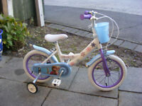 """GIRLS 14"""" WHEEL FROZEN BIKE WITH FITTED STABILISERS IN GREAT CONDITION AGE 4+"""