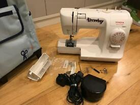 Toyota SPA15 sewing machine and case
