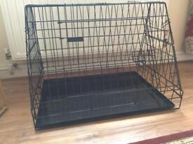 Folding dog crate for car