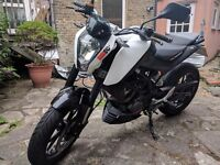 2014 KTM Duke 125 Long MOT + Extras