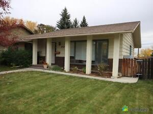 $528,500 - Bungalow for sale in Parkland