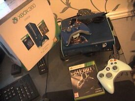 xbox 360 E new model 500gb special edition blue ~+ 2 blue controllers and 1 game
