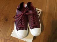 Converse burgundy leather All Star trainers size 5 (38)