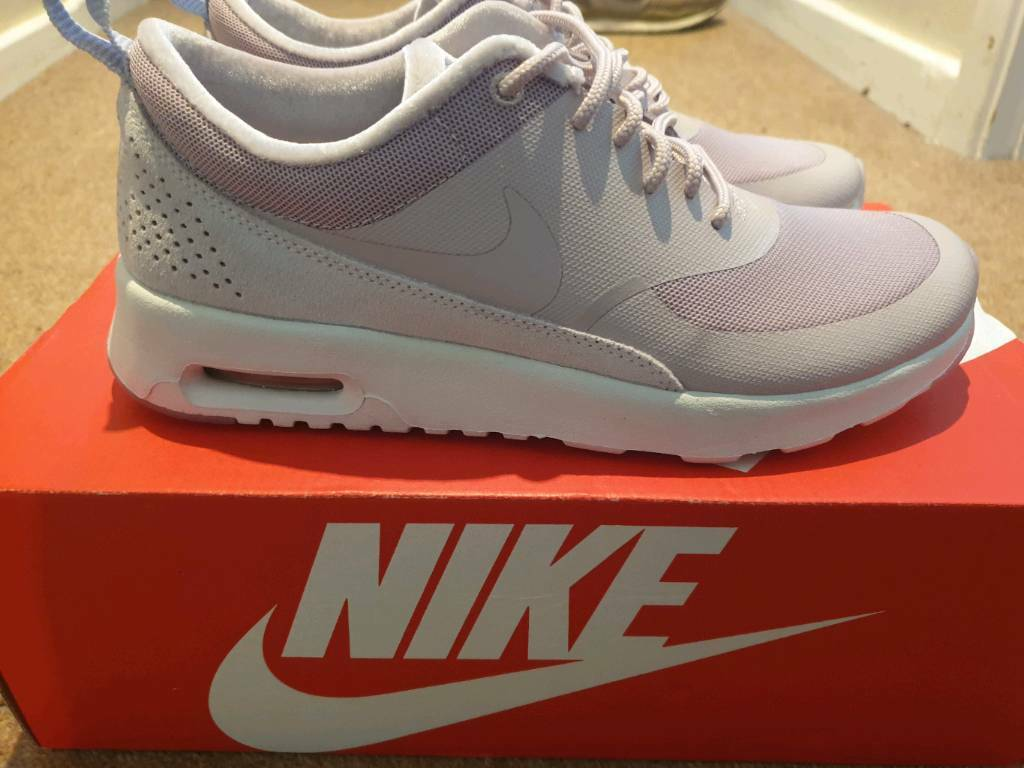 the latest e922a 96bb3 Womens size 5 GENUINE Nike Air Max Thea LX BRAND NEW