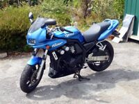 Yamaha Fazer FZS600 2002 only 5700 miles 12 months MOT Almost new tyres.