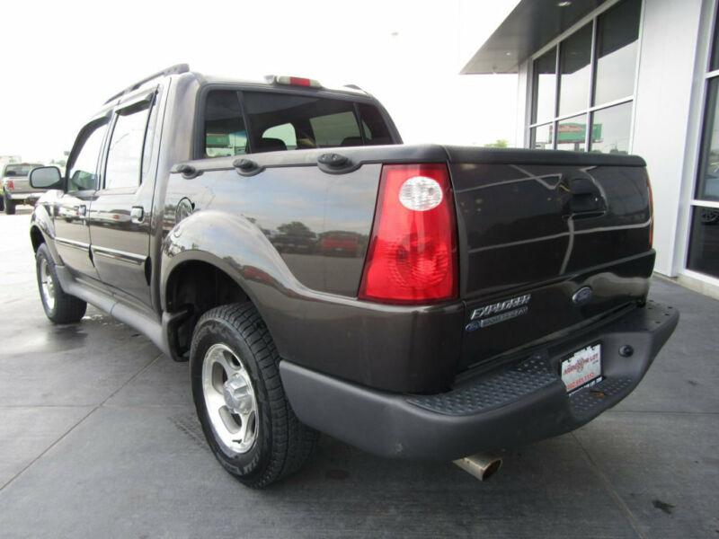 Image 7 Voiture Américaine d'occasion Ford Explorer Sport Trac 2005