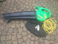 Nutool leafblower / collector
