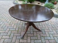 Round table pedestal and convert to 4 legged.