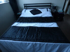 Double bedding sets with cushion cover and runner