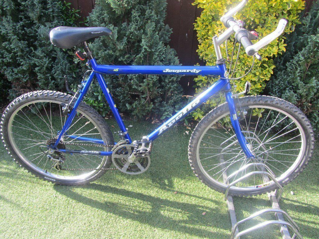 mens apollo mountain bike 22inch frame with lock45.00in Cambridge, CambridgeshireGumtree - nice mans mountain bike 26inch wheels 22inch frame 15 speed gears nice bike in good working order cb4 area Cambridge if wish to view please message us for address details