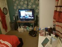 Double Room available in Stockport sk5 8EN