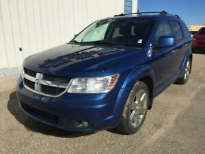 2010 Dodge Journey R/T ALL WHEEL DRIVE / HEATED LEATHER SEATS /