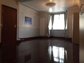 A huge triple room with en-suite available!!!!!