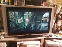 42inc tv with freeview box