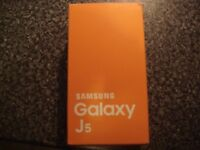 SAMSUNG J5 8gb MOBILE PHONE , BLACK , BOUGHT ON O2 BUT SHOULD BE ALL NETWORKS , NEW BOXED SEALED