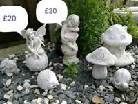 Various garden statues/planters